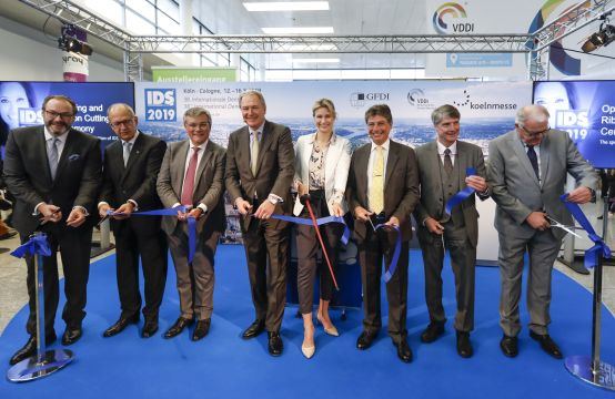 IDS 2019 opening cerimony: ribbon cutting with Britta Heidemann (Olympic champion in fencing), South Entrance